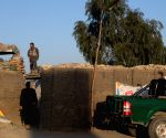 AFGHANISTAN NANGARHAR TALIBAN ATTACK SECURITY CHECKPOINT