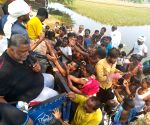 Free Photo: Pappu Yadav's party carries out relief operations in Bihar