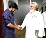 Pawan Kalyan meets 'Waterman of India