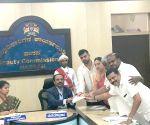 Hassan (Karnataka): 2019 Lok Sabha elections - Deve Gowda's grandson files nomination from Hassan