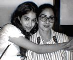 Janhvi Kapoor posts pic with Sridevi on mother's 57th birth anniversary