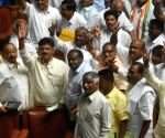 Yeddyurappa steps down, JD(s) - Congress MLAs celebrate