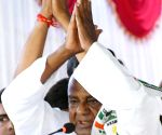 Siddaramaiah, Deve Gowda during an election campaign