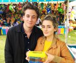 Jeremy Allen White, Timlin welcome their first child