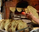 MIDEAST JERUSALEM PASSOVER TRADITION FOOD