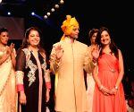 India International Jewellery Week 2015 - Parvathy Omanakuttan, Karanvir Bohra