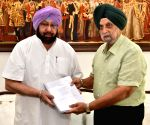 Justice Narang submits report on sand mining auctions to Punjab CM