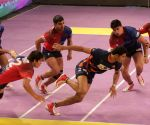 Pro Kabaddi League - Dabang Delhi vs Bengal Warriors