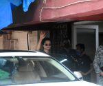 : Mumbai: Kangana Ranaut Spotted at Gym In Bandra