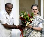 Kumaraswamy calls on Sonia, Rahul