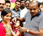 Karnataka CM administers polio drops