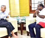 Karnataka CM Kumaraswamy meets Narayana Murthy