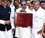 Siddaramaiah arrives to present Karnataka budget