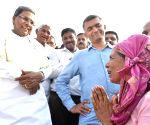 Siddaramaiah visits draught affected areas