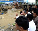 Siddaramaiah visits rain affected areas