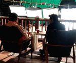 Kartik Aaryan ticks 'working with Big B' off his bucketlist