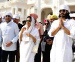 Ignored by BJP, Vinod Khanna's wife mulls Gurdaspur plans