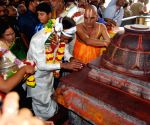 Telangana CM at Khammam temple