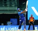 SRH batting collapses again as MI win by 13 runs