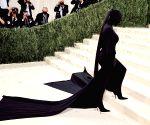 Kim Kardashian defends he
