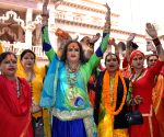 Kinnar Akhara debuts at Kumbh, call for more public acceptance