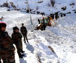 Army honours sepoy who died in avalanche