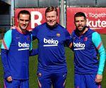 Koeman confident Super League saga will not distract Barca