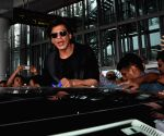 Shah Rukh Khan arrives at Kolkata Airport