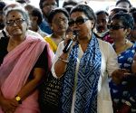 Bengal intellectuals stand by striking doctors