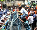 Didi-BJP face-off: Water cannons greet saffron brigade in Kolkata