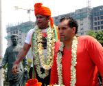 Great Khali joins BJP candidate campaign in Bengal
