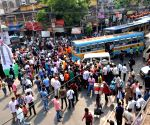 Shah's roadshow stoned, Trinamool backers blamed