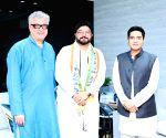Former Union Minister Babul Supriyo joins Trinamool Congress