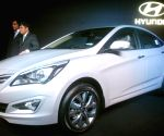 Hyundai launches 4S Fluidic Verna