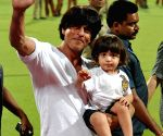IPL - 2015- KKR vs MI - SRK