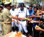 Cooling scarf for Kolkata traffic sergeant
