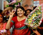 Singur farmers protest, demand industries on their land