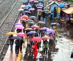 3 injured, flight, train services hit as rains lash Bengal
