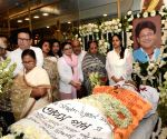Mamata, opposition trade volleys over Tapas Paul's death