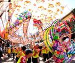 MALAYSIA-KUALA LUMPUR-LANTERN FESTIVAL