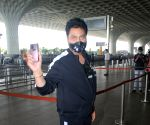 : Kumar Sanu spotted at airport departure