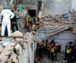 PAKISTAN LAHORE COLLAPSED ROOF