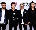 One Direction might reunite for Christmas