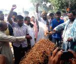 Last rites of Uri martyr Havildar Ashok Kumar Singh