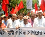 Left protest vandalism during Shah's roadshow in Kolkata