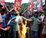 Left students protest against TMC students agitation at Calcutta University