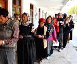 Violence as 3 per cent vote in Anantnag, 52 per cent in Ladakh