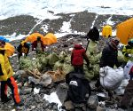 CHINA-MOUNT QOMOLANGMA-CLEANING CAMPAIGN