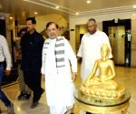 Sharad Yadav arrives for party meeting