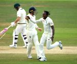 Ashes: Jofra Archer and return of the disconcerting bouncer